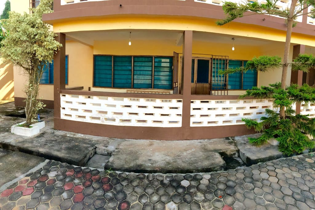 Front facade of your vacation abode.