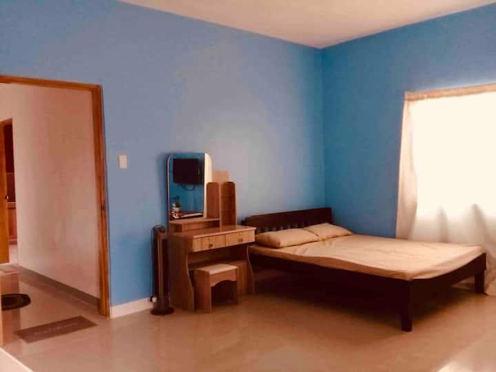 Rozay Travellers Inn Kabankalan - Blue Room