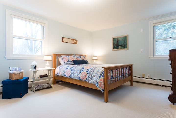 Private bath. Full breakfast. Walk to everything! - Marblehead - Haus