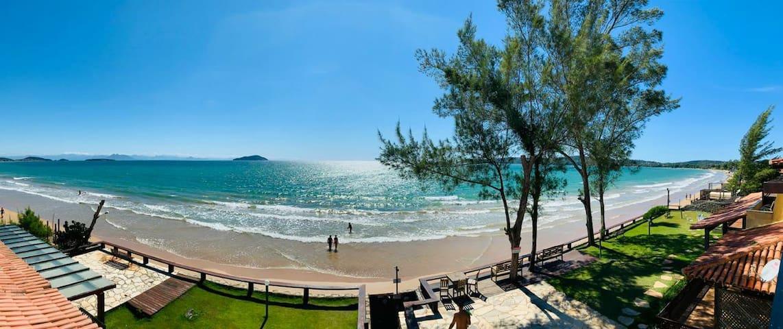 D3 - Búzios- Pé na areia com vista infinita do mar