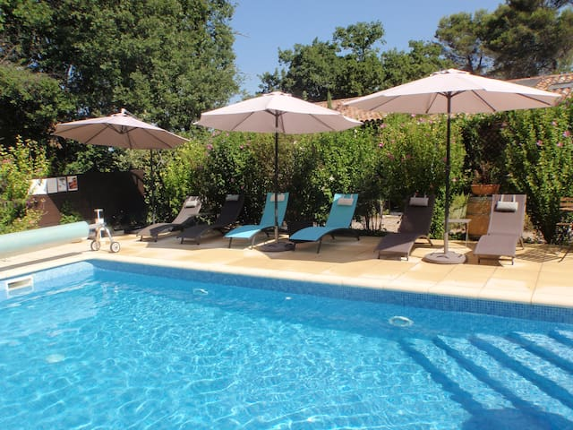 4*  apartment with pool 2 bedrooms-Aups - Aups - Flat