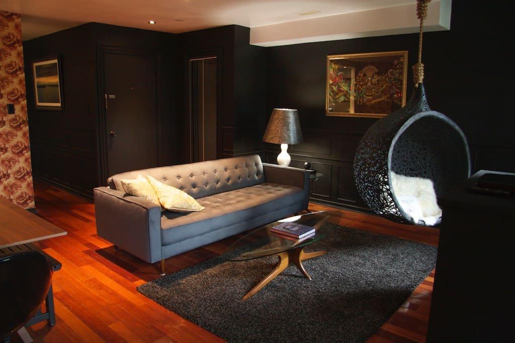Downtown Unique 2 Bedroom Suite Apartments For Rent In Toronto Ontario Canada