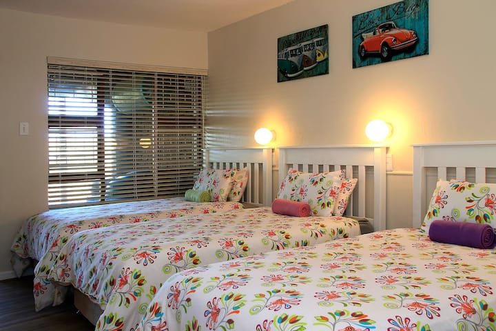 Barefoot B&B - Room 5 & 6 Family or Group Booking
