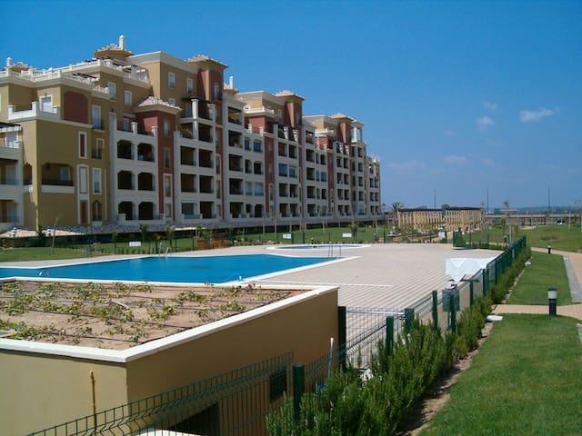 Apartamento en 1ª línea de playa - Isla Canela - Departamento
