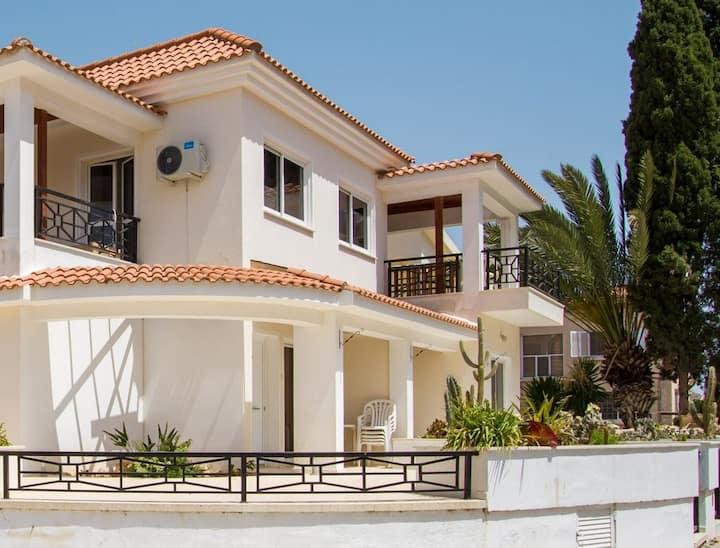 Larnaca Golden Beach Apts, 2 bedroom apt (1)