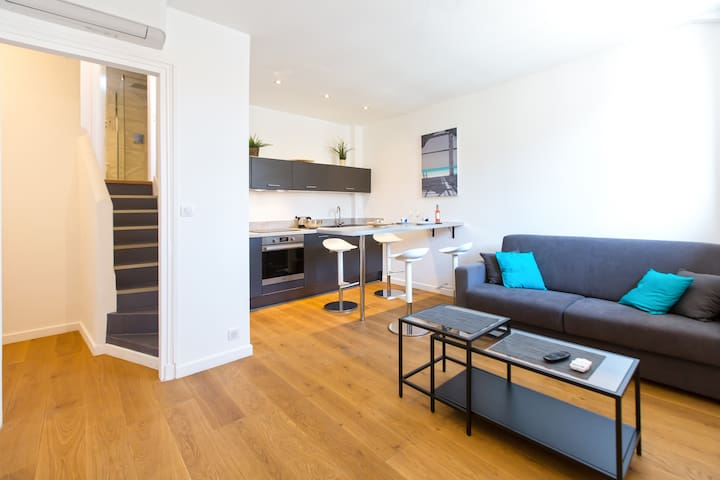 Carre d'or with 50m from the beach-newly renovated