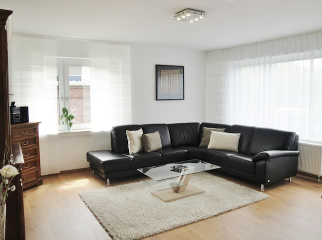 Business Wohnung für bis zu 6 Pers.