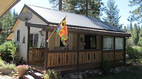 Cromberg Cabin