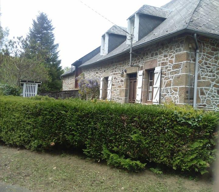 Maison de campagne rénovée, Corrèze