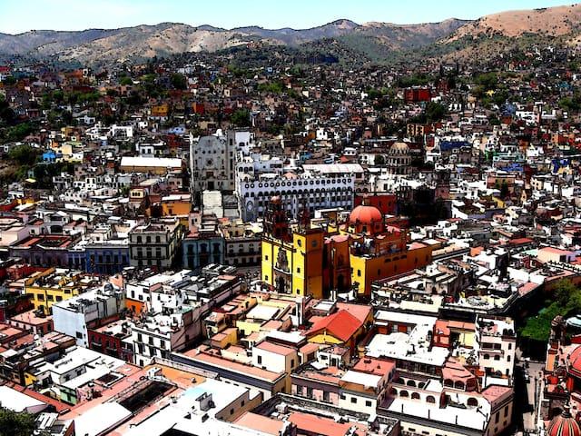 HABITACION CON BAÑO EN GTO CENTRO - Guanajuato - Apartamento