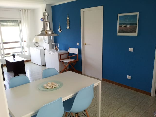 Beach Apartment in Pineda de Mar - Pineda de Mar - Lejlighed