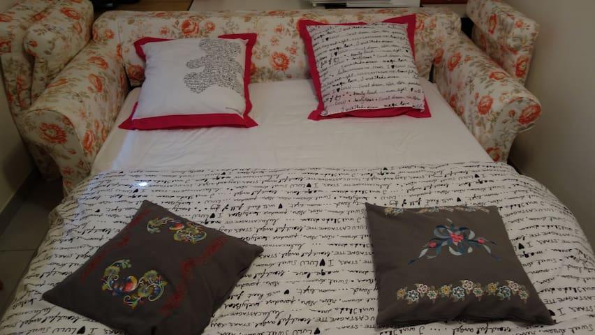 Chambre dans un environnement calme - Aywaille - House