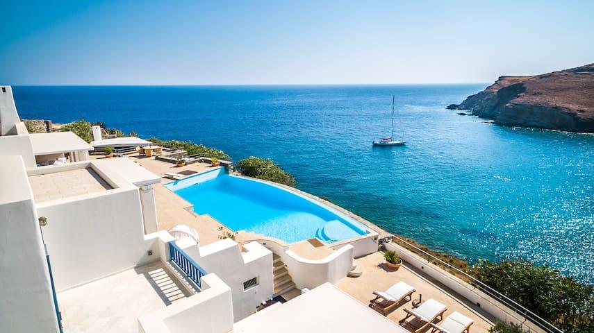 BluEros Luxury Villa
