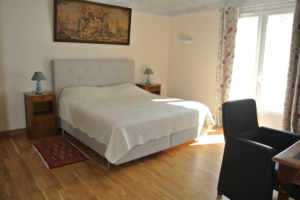 bed and breakfast en campagne camarguaise chambres d 39 h tes louer arles provence alpes. Black Bedroom Furniture Sets. Home Design Ideas