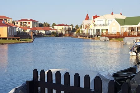 Eastern Cape Getaway - Townhouse