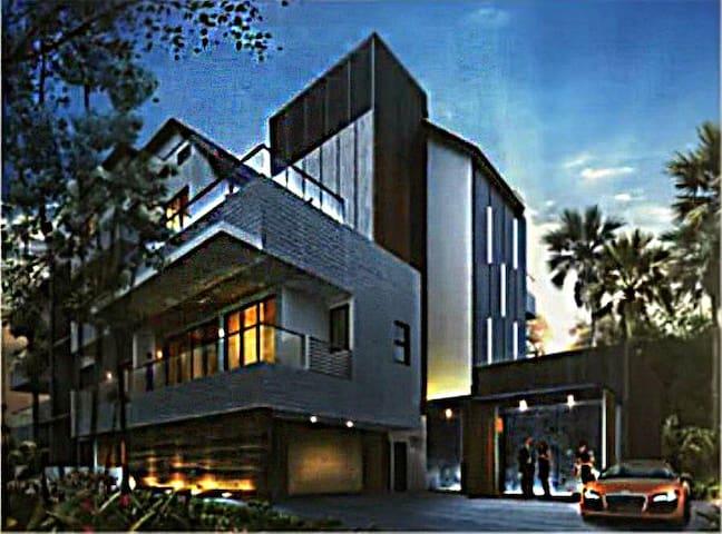 Cosy Private Room located in a Penthouse Condo - Singapur - Apto. en complejo residencial