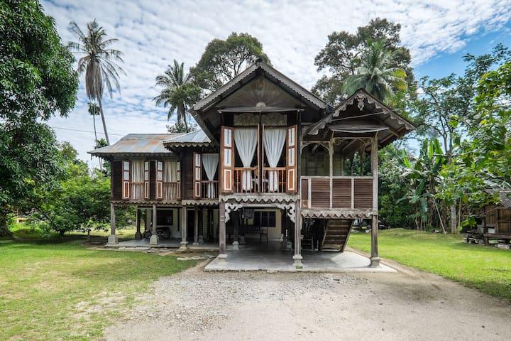 Perak Malay Heritage - rantau panjang,selama