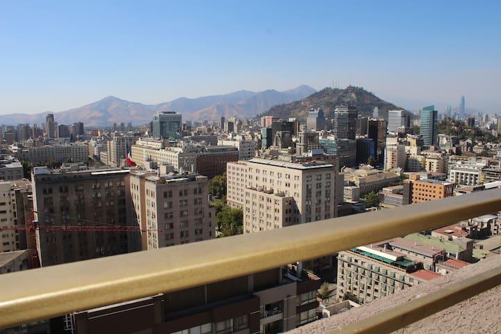 Homy rentapart closer to Moneda Palace