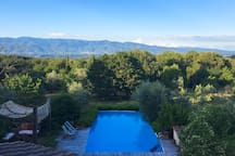 La Selva private pool overlooking the large botanic garden and Pratomagno mountain