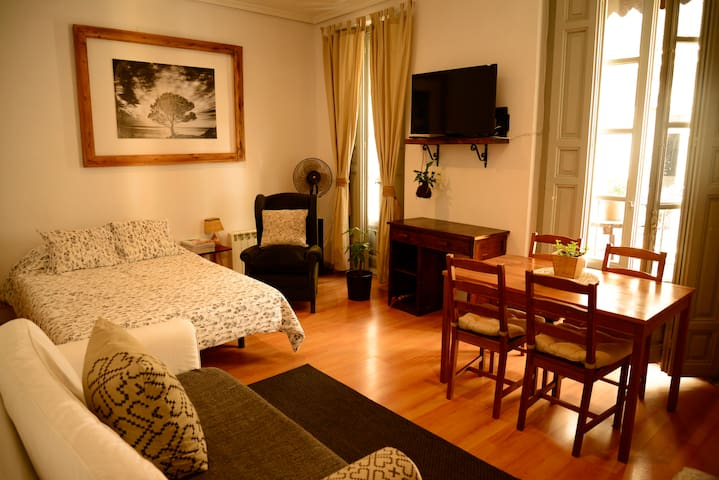 Live and enjoy in the heart of madrid - Madrid - Byt