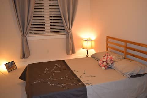 Kanata Comfortable Bedroom 2 with Private Bathroom
