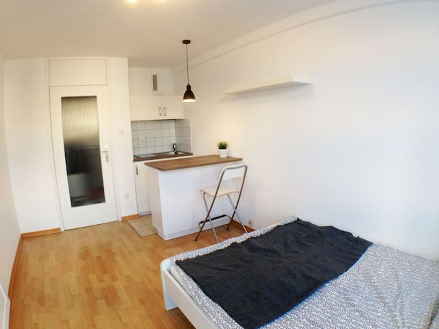 Cozy Apartment, only 5 min. to LMU