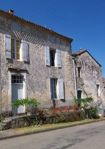 Maison de Sivry, Aquitaine - Sauveterre-de-Guyenne - Casa