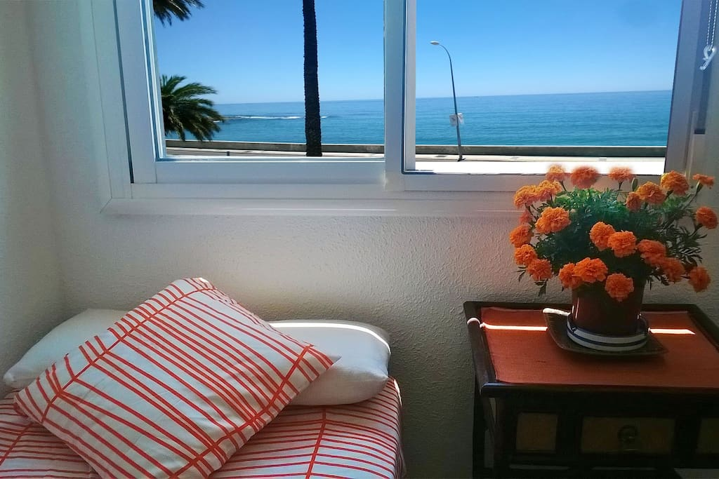 Your lovely room, with the sea as a witness.