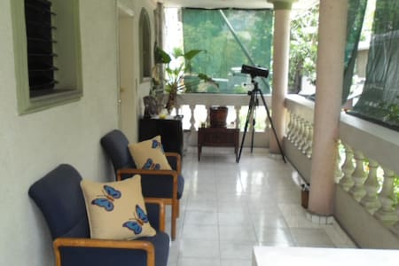 1 Cozy bed Room in Petion Ville.