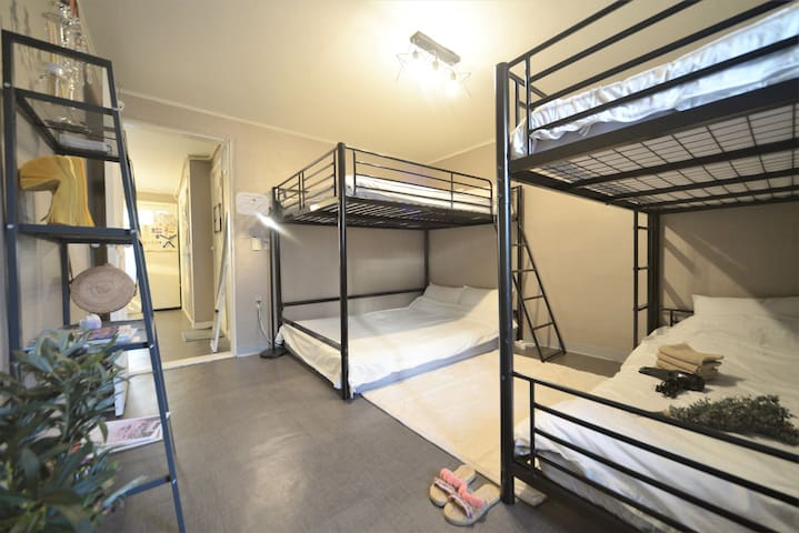 ◆Your home in HongDae◆ Private room for up to 6ppl