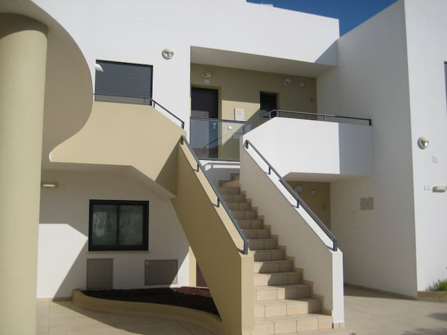 Luxury 1BR Apartment in Alvor - Alvor - Apartamento