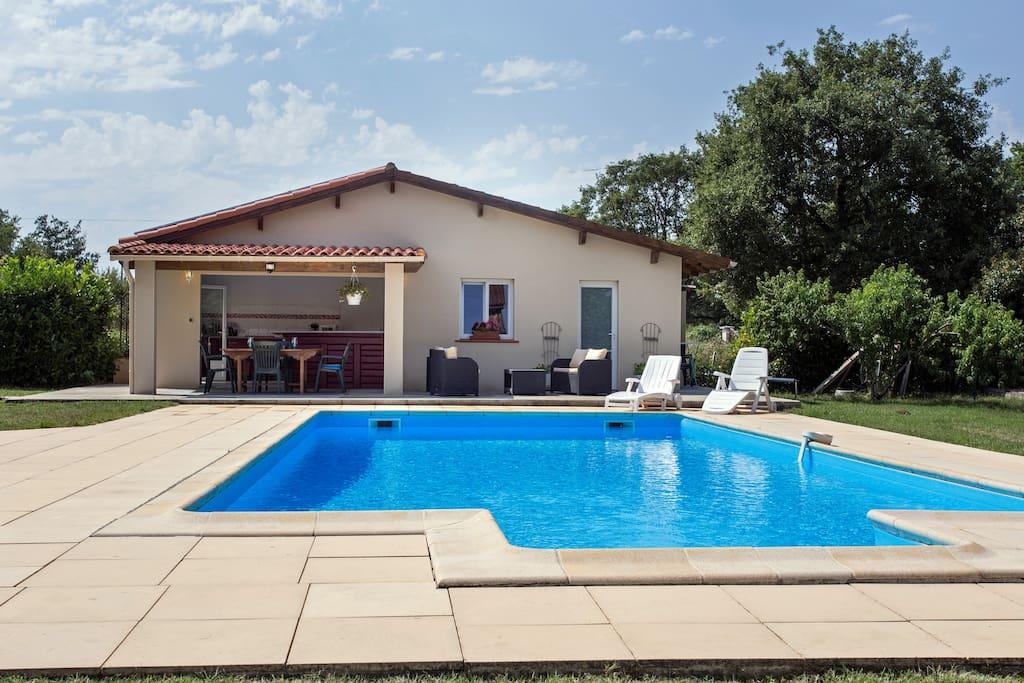 Jolie maisonnette 50m2 avec piscine pensione in affitto for Saint paul piscine