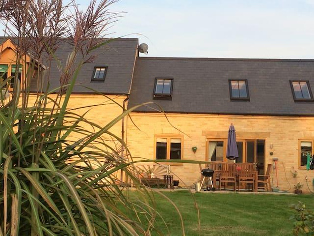 Quiet modern retreat in rural Cambridgeshire