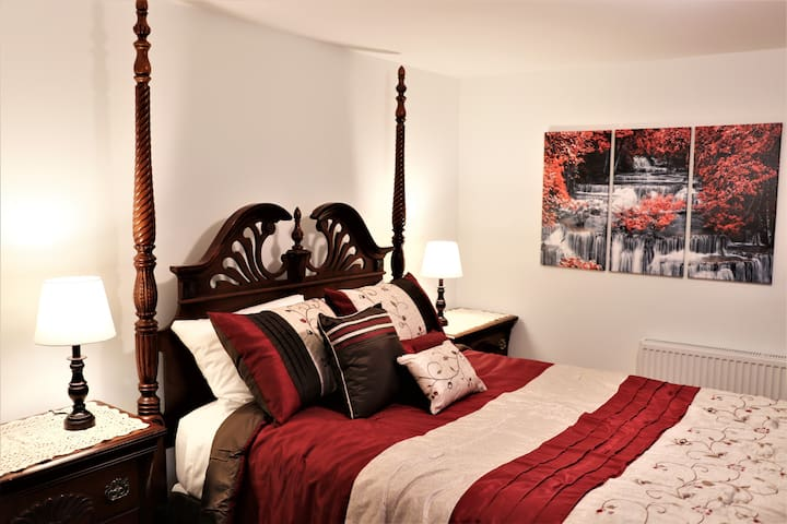 Cozy Orono Suite Near Downtown and University!