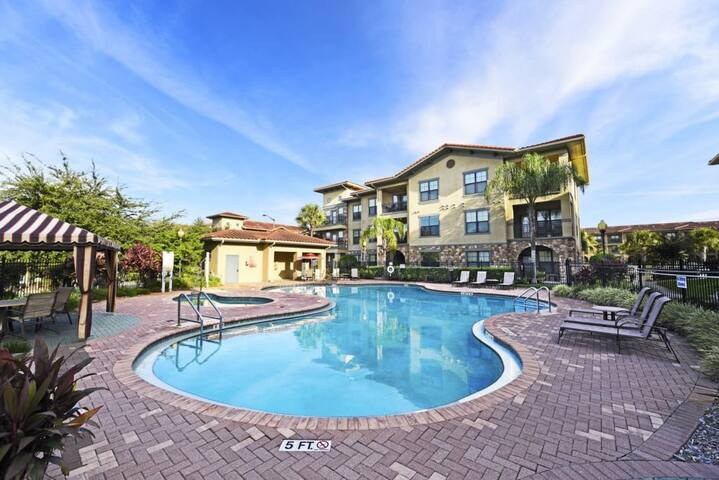 Bella Piazza Resort-904GIS