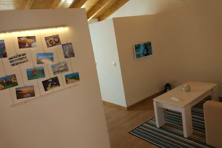 Sunny Studio/ Town center