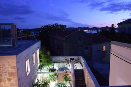 Luna's Garden Room 1 - Zadar - Bed & Breakfast