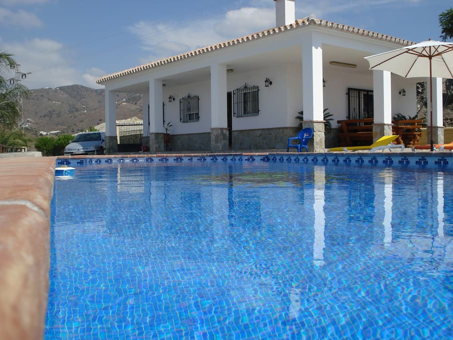 Villa zapata houses for rent in torrox andaluc a spain for Villas zapata