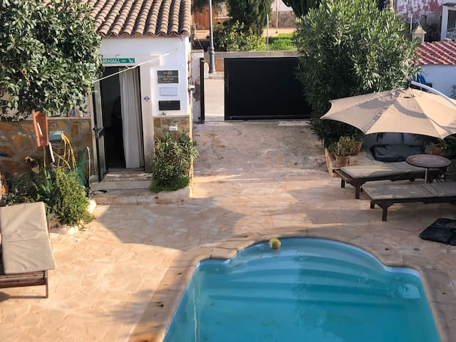 Casita a pocos minutos de la playa