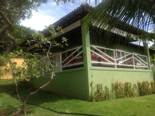 Casa mobiliada em condomínio fechado até 6 pessoas