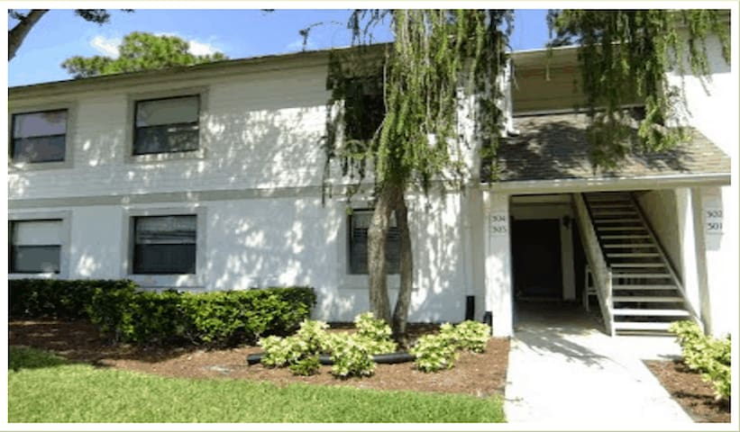 Luxury ground floor condo for rent. - Oldsmar - Apartamento