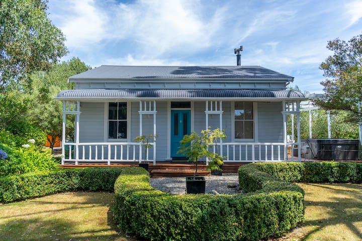 Olive Grove Villa - Greytown
