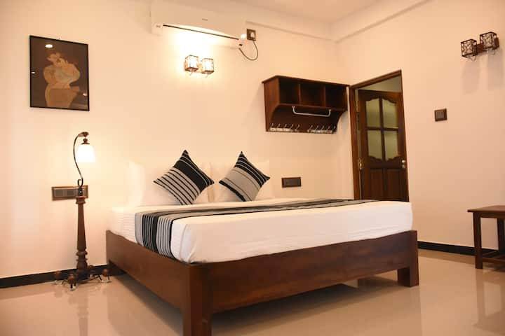 SUPERIOR ROOM WITH POOL HOTEL FREEDOM VILLAGE