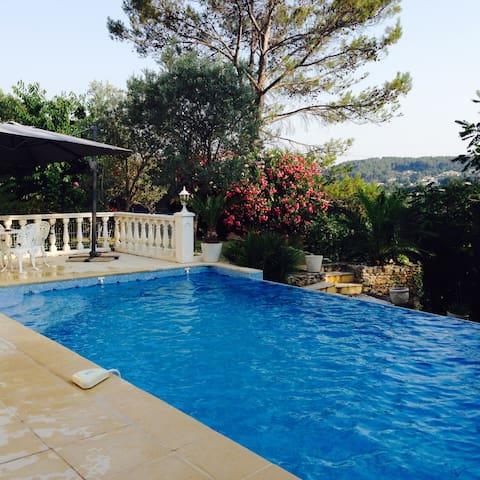 Superbe logement pour 6 personnes - Trans-en-Provence - Дом