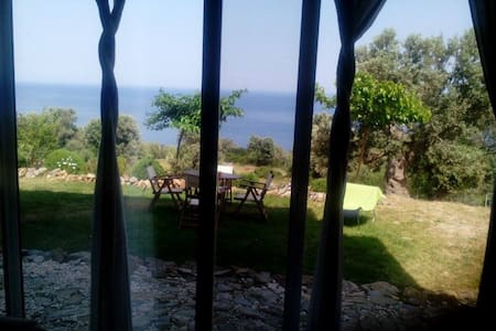 Villa with sea view - Evia - Hus