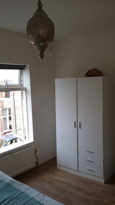 1 closet to use.
