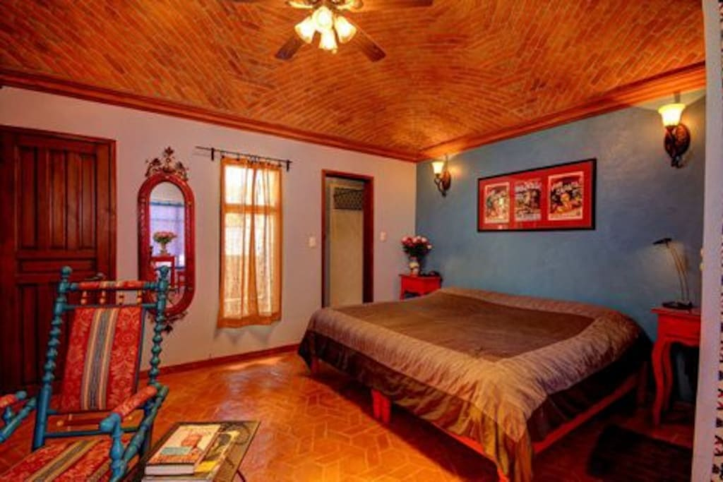 Bedroom section view, notice the colours  and boveda ceiling