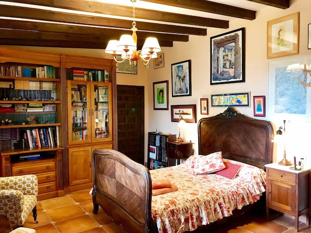 Dormitorio doble 1 / Double bedroom 1