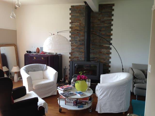 Maison de 90 m2 et jardin paysager - Montsoult - House