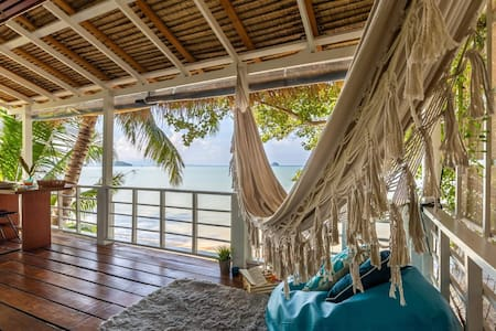 🌟40% OFF! THE HATCH❤️Romantic BeachFront HIN KONG